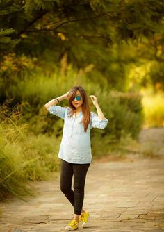 Jeans Style, Hipster, Jeans Fashion, Shirts, Denim Fashion, Hipsters, Jean Outfits, Hipster Outfits, Dress Shirts