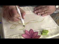 Aprenda a personalizar tecidos com flor em alto relevo! - YouTube