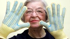 Stephanie Kwolek was a pioneering chemists of the 1960s and invented Kevlar. We will miss you. #STEM #STEMists #chemist