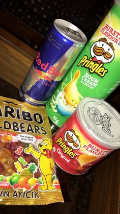tadiorx & - we eatin good Alcohol Aesthetic, Aesthetic Food, Food Snapchat, Instagram And Snapchat, Hight Light, Junk Food Snacks, Snap Food, Food Cravings, Food Photo