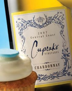 Cupcake Chardonnay wine is so delicious! Cupcake Chardonnay, Chardonnay Wine, Wine Cupcakes, Cupcake Wine, Fun Drinks, Yummy Drinks, Beverages, Cupcake Images, Elephant Trunk