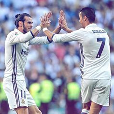 Real Madrid 1-1 Éibar ⚽ 17' @garethbale11 #RMLiga #HalaMadrid