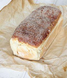 Savoury Baking, Bread Baking, Pavlova, Dessert Recipes, Desserts, Bread Recipes, Yummy Treats, Delish, Bakery