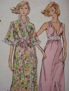 Blue Sheer Nightgown Gown Slip Dress Vanity Fair Sz 34 Vintage Agreeable To Taste Intimates & Sleep