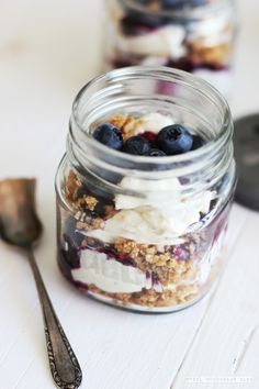 no bake blueberry cheesecake in a jar