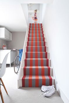 Bold coloured stair runner from Roger Oates, effectively brighten up this simple staircase, available from The SIlkroad Flooring, Haslemere, Surrey Striped Carpet Stairs, Striped Carpets, Carpet Staircase, Bedroom Carpet, Living Room Carpet, Living Room Sets, 25 Beautiful Homes, Huge Master Bedroom, Powder Room Decor
