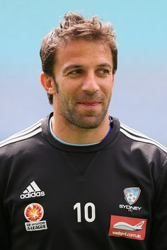 """Italian superstar Alessandro Del Piero looked anything but """"just another soccer player"""" when he arrived in Brisbane on Thursday afternoon intent on helping Sydney FC continue the Roar's A-League woes on Friday night. Soccer Guys, Football Players, Sydney Fc, Football Drills, Brisbane, Athlete, Grande, Exercises, Legends"""