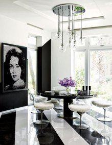 El mundilamente famoso diseñador de modas estadounidense Tommy Hilfiger y  su hermosa esposa Dee Hilfiger,  han abierto las puertas de su nuevo hogar, que está localizado en Miami, a la revista estadounidense Architectural Digest, permitiendole tomar algunas fotos de su increíble interior.