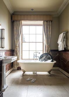 Toyota-tyre-hotel-Bath-image-blog.jpg (590×833)