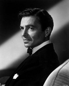 James Mason The man with the most amazing voice for Hollywood back then. Hollywood Men, Golden Age Of Hollywood, Hollywood Glamour, Hollywood Stars, Classic Hollywood, Vintage Hollywood, Classic Movie Stars, Classic Films, James Mason