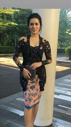 New Dress Brokat Lace Black 36 Ideas Vera Kebaya, Kebaya Lace, Kebaya Brokat, Dress Brokat, Kebaya Dress, Batik Kebaya, Batik Dress, Model Kebaya Modern, Kebaya Modern Dress