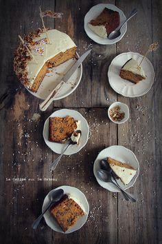 carrotcake039 Carrot Cake aux noix de pécan et glaçage à la vanille et au sirop… Cake Frosting Recipe, Frosting Recipes, Sweets Cake, Cupcake Cakes, Cupcakes, Flourless Cake, Key Food, Layer Cake Recipes, Bread And Pastries