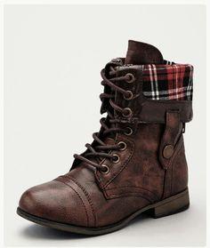 Lovely boot