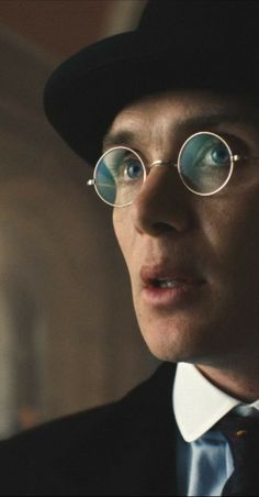 Peaky Blinders Thomas, Peaky Blinders Quotes, Cillian Murphy Peaky Blinders, Peeky Blinders, Peaky Blinders Wallpaper, Happy Pictures, Happy Pics, Art Psychology, Bonnie Bennett