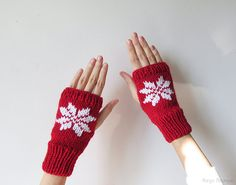 Hand Knit Fingerless Gloves in Dark Red  by naryaboutique on Etsy
