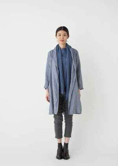 Crick & Watson - Phillie Gown Coat Minimal Fashion, Minimal Style, Fog Linen, Pretty Outfits, Pretty Clothes, Jackets For Women, Clothes For Women, Fall Looks, Chambray