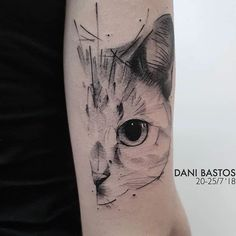 In this post, you get different cat tattoo ideas. So here are some cool Cay Eye Tattoo Designs which you definitely loved. Cat Face Tattoos, Animal Tattoos, Body Art Tattoos, Sleeve Tattoos, Cool Tattoos, Tatoos, Cat Tattoo Designs, Tattoo Designs For Girls, Tattoo Chat