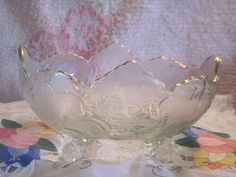Free shipping / Pretty Oval Bowl with Gold by Daysgonebytreasures
