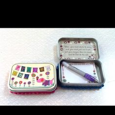 Sweet prayer boxes... Can totally be made from Altoids box. Now I can actually use all of the boxes I've saved for ever!;)