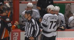 Corey Perry gets Carter with the ol' water-in-the-glove trick | FOX Sports on MSN