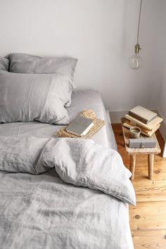 Bed linen Storage Closet Organization - - Bed linen Zara Home - - Bed linen Ideas Bohemian Bedding Sets Online, Luxury Bedding Sets, Comforter Sets, Modern Bedding, Ikea, Not Perfect Linen, Black Bed Linen, Bedding Inspiration, Cheap Bed Sheets