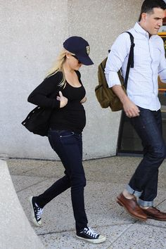 pregnant reese witherspoon and hubby