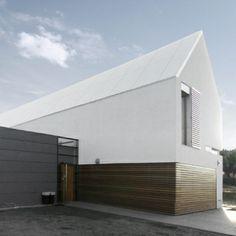 #lovligianna white roof. Jest nadzieja na świetną architekturę barefootstyling.com