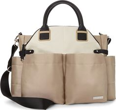 The fashionable Skip Hop Chelsea Downtown Satchel has everything you want from a diaper bag. This satchel diaper bag's chic design and multiple features to help organize your baby's essentials. Chic Diaper Bag, Boy Diaper Bags, Diaper Backpack, Best Diaper Bag, Chelsea, Best Baby Bags, Buggy, Color Beige, Wholesale Bags