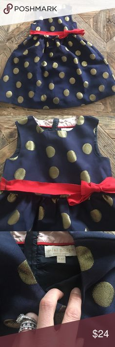 Mini Boden dress Absolutely gorgeous! Worn once. Perfect except for a tiny spot on one side of the ribbon see photo-it can be easily hidden by flipping over. Size 4-5 Mini Boden Dresses Formal