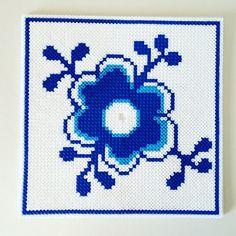 Made by Me: My home Hama Beads Design, Hama Beads Patterns, Beading Patterns, Knitting Patterns, Crochet Patterns, Perler Bead Art, Perler Beads, Frozen Crochet, Iron Beads