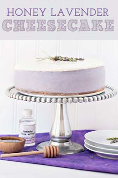 This honey lavender cheesecake has the most amazing flavor and is very easy to make. It's also got the best creamy texture. You will definitely be going back for a second piece! Graham Cracker Crust, Graham Crackers, Cupcakes, Cupcake Cakes, Dessert Crepes, Dinner Dessert, Culinary Lavender, Lavender Recipes, Funnel Cakes