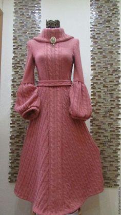 Dress with sleeves pink 27 Ideas Knit Fashion, Look Fashion, Autumn Fashion, Womens Fashion, Wool Dress, Knit Dress, Victorian Coat, Handmade Dresses, Knit Skirt