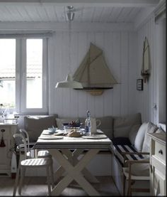 Scandinavian Country Style - Norwegian country eating nook