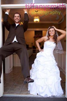 Fun Wedding Photography Pose