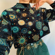 One of my favs! I just don't wear it enough 💫 beautiful and unique vintage velour velvet cropped mock neck top in the prettiest celestial pattern. - Sold by Vintage Outfits, Retro Outfits, Mode Outfits, Cute Casual Outfits, Fashion Outfits, Queer Fashion, Quirky Fashion, Androgynous Fashion, Boho Fashion