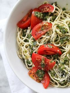 Tomato and Pesto Pasta. Holy yum.