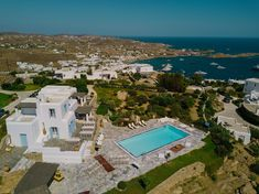 Aegean Blue Wedding & more…The fairytale like scenery of Mykonos, Georgia Papadon Mykonos Blue, Classy And Fabulous, Luxury Villa, Blue Wedding, Villas, Sunsets, Fairytale, Georgia, Scenery
