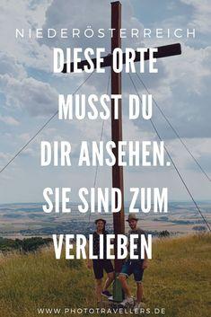 Niederösterreich eine Region die ich so nicht auf dem schirm hatte. Aber wie wir dann in der Wachau waren und im Waldviertel kam auch die große Niederösterreich-Liebe. Wir Garantieren dir wenn du mal da warst wirst du genau so ein Niederösterreich-Fan wie wir. #Niederösterreich #Weinviertel #Waldviertel #wandern #Sehenswürdigkeiten #Orte #Wanderlust #verliebt #Natur Austria, Traveling, Wanderlust, Adventure Awaits, Europe Travel Tips, Mountain Climbing, Road Trip Destinations, Explore, Viajes