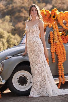 Shop a great selection of Willowby Bonnie Lace Trumpet Wedding Dress. Find new offer and Similar products for Willowby Bonnie Lace Trumpet Wedding Dress. Delena, Bridal Gowns, Wedding Gowns, Lace Wedding, Wedding White, Trendy Wedding, Bella Bridal, Wedding Dress Necklines, Affordable Wedding Dresses