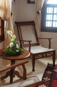 New wooden storage bench bedroom 59 ideas Metal Patio Furniture, Bed Furniture, Furniture Makeover, Furniture Design, Furniture Ideas, Wooden Storage Bench, Indian Home Interior, Decoration, Interior Design