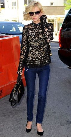 Stunning boxy high necked lace top with skinnny jeans. KILLER look. I really want that top.