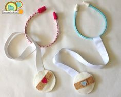 DIY tutorial to make felt stethoscopes - fun while learning about the inventor of the stethoscope in Passport France!