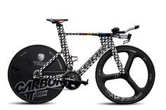 La nueva bicicleta para pruebas contrareloj, Look 796, presenta varias características de la bicicletas aerodinámica para carretera de la firma francesa. Un modelo que podremos apreciar en el Tour de Francia 2015.