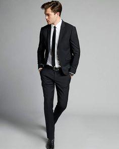 Express Extra Slim Black Performance Stretch Wool-Blend Suit Pant – Men's style, accessories, mens fashion trends 2020 Mens Fashion Suits, Fall Fashion Outfits, Fashion Night, Mode Outfits, Mens Suits, Casual Outfits, Grey Suits, Casual Groom Suits, Black Suit Men