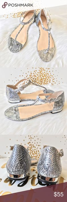 Vince Camuto silver snake print sandal Brand-new never been worn, no box, price is firm unless bundled Vince Camuto Shoes Sandals