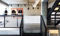 revista-magazine-retail-desing-escaparatismo-vishopmag-suit-store-005
