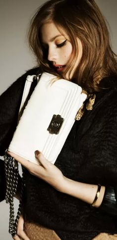 White leather clutch ♥