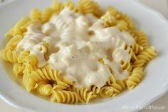 Creamy Garlic Alfredo Sauce