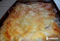 Tejfölös-mustáros tepsis csirkemell Chicken Crepes, Chicken Rice, Meat Recipes, Cooking Recipes, Hungarian Recipes, Hungarian Food, Meat Chickens, Kaja, Light Recipes