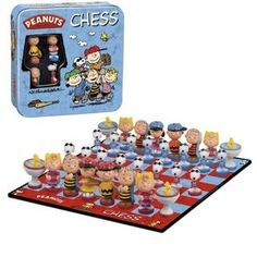 The Codeman would LOVE this! Peanuts Gang chess!